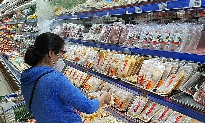 Customers visit a Co.opmart outlet in HCMC's District 7. Photo: VnExpress