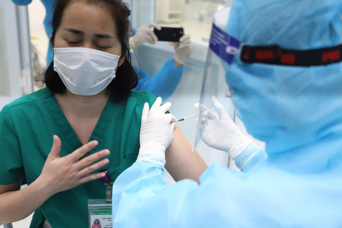 The number of Covid-19 vaccine recipients in Vietnam reaches over 20,000