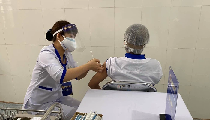 More than 52,000 Vietnamese inoculated with Covid-19 vaccine