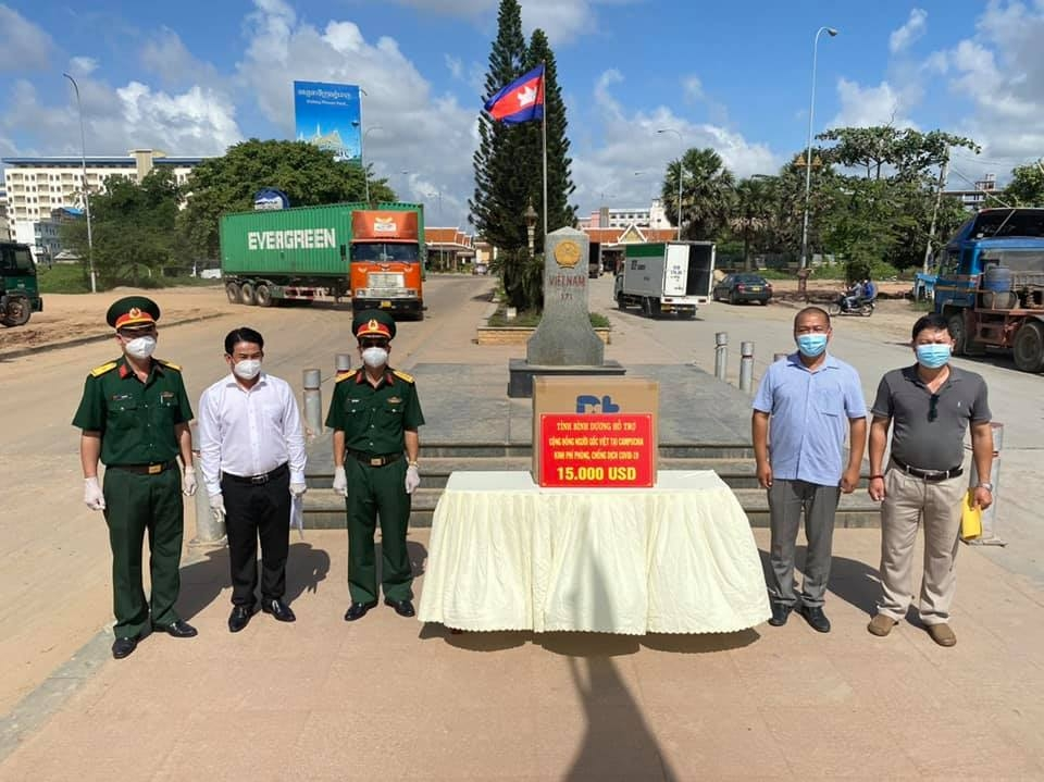 Vietnam's localities support Vietnamese Cambodians in Covid-19 fight