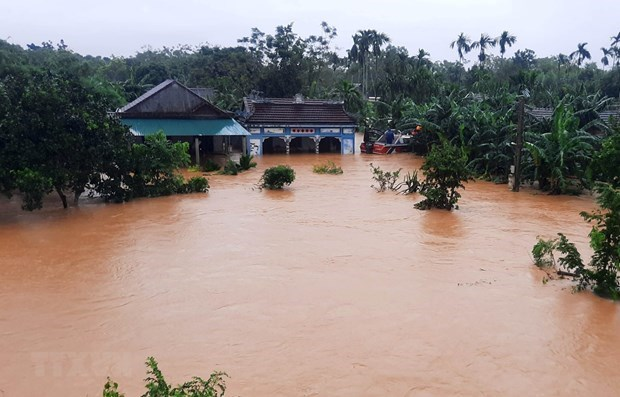 disaster hit vietnams central provinces receive more financial aid
