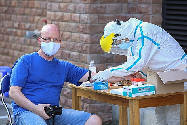 Two more COVID-19 cases reported, over 3.200 foreigners in Da Nang test negative for coronavirus