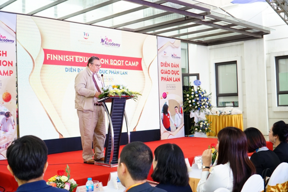 Vietnam-Finland promote cooperation on education and training sector