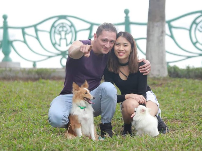 Happy life of a Vietnamese girl and her Westerner husband: Bond for affection toward pets