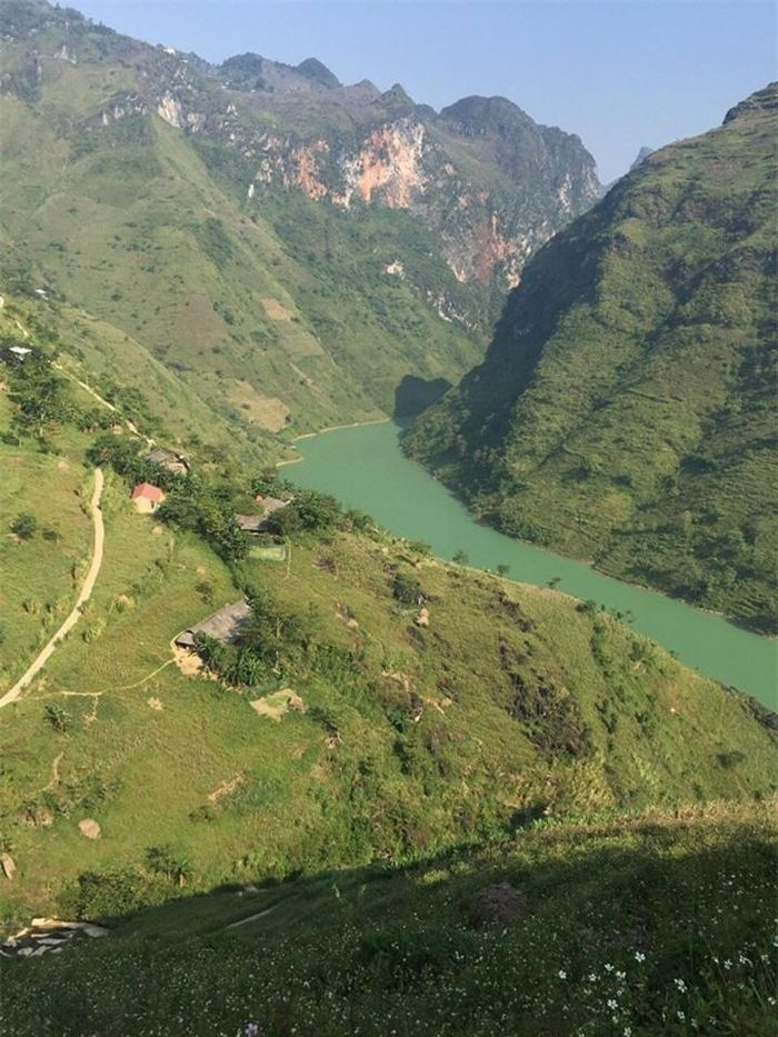 Majestic beauty of Nho Que River - the most famous tourist destination in northern of Vietnam