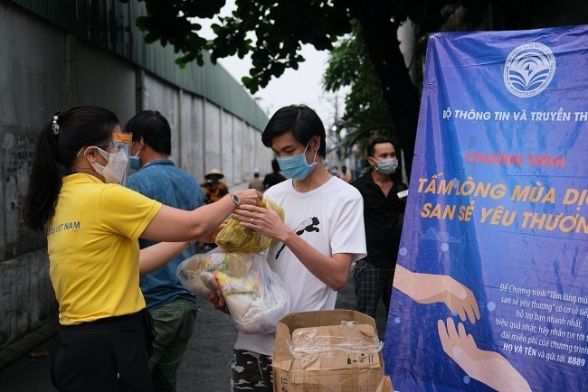 Over 130,000 Tons of Rice To Be Allocated To 24 Pandemic-Hit Provinces
