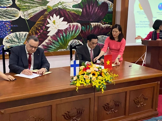 100 million USD provided by Finland for Vietnam