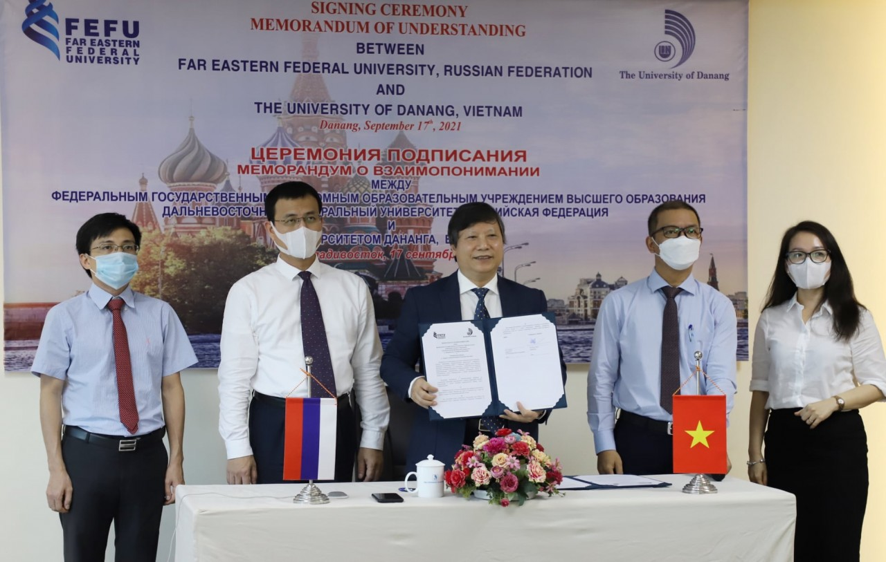 Russian and Da Nang Universities to Boost Student Exchanges