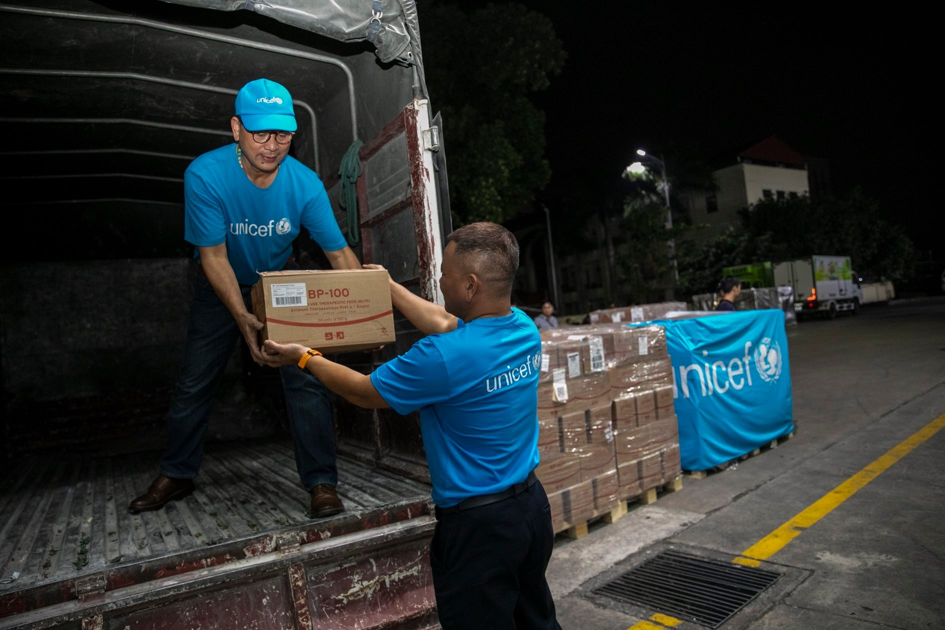 10 tons of therapeutic food for malnourished children ready to distribute to central Vietnam