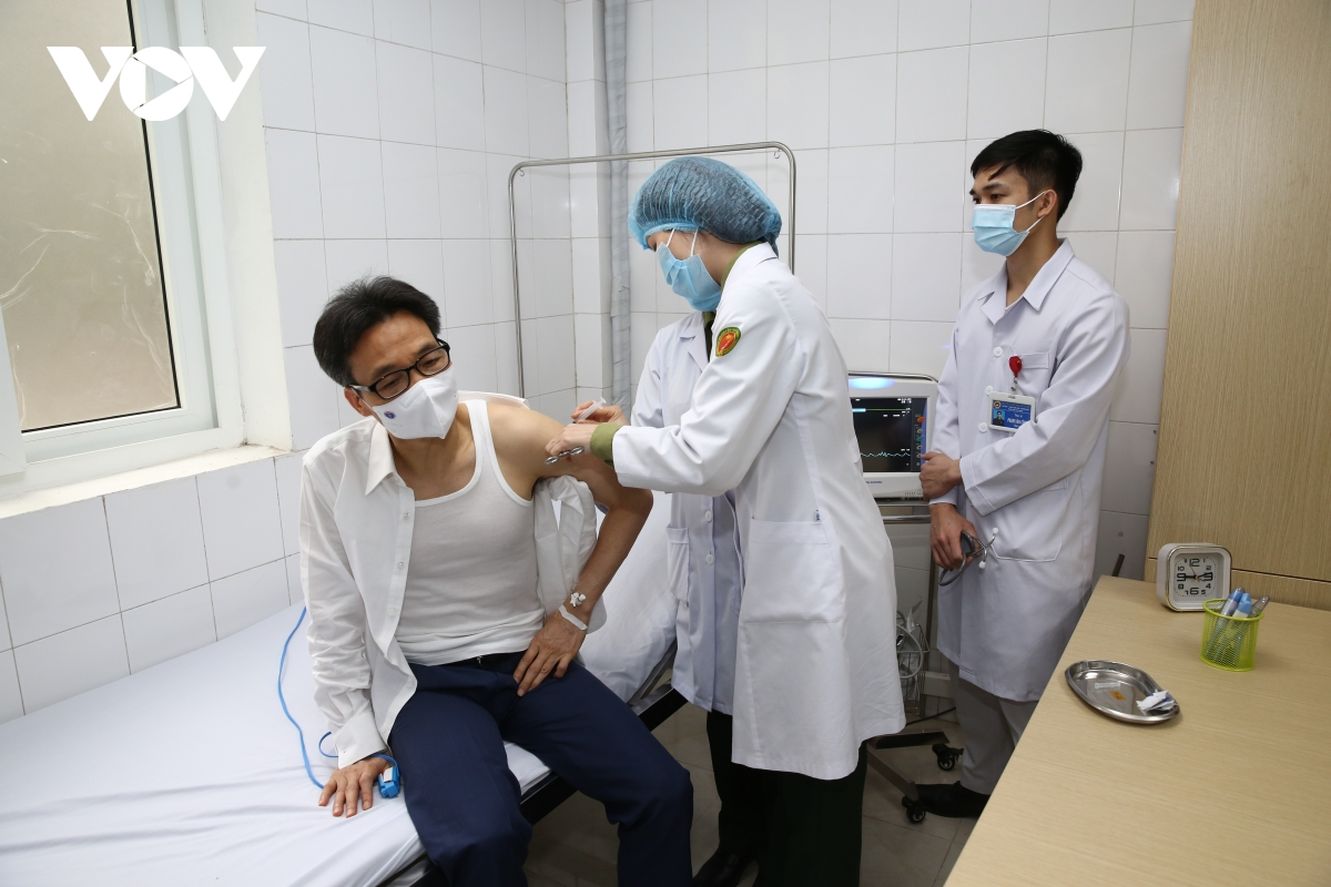 deputy pm gets second shot of homegrown covid 19 vaccine