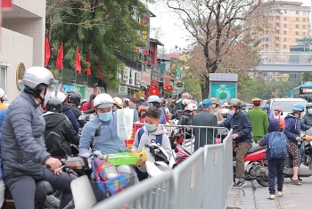 hanois streets be crowded again after a long period of social distancing