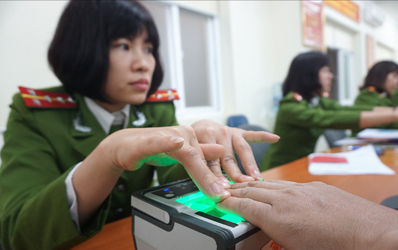multiple information electronic id cards to be reviewed for issuing in vietnam