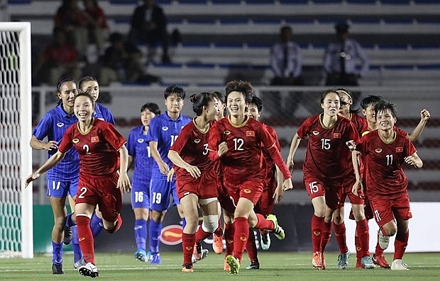 Two vietnamese female football players invited to play in europe