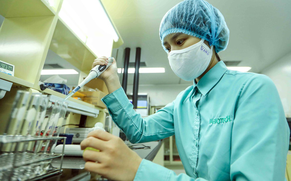 8 millions doses of free covid 19 vaccine about to transport vietnam