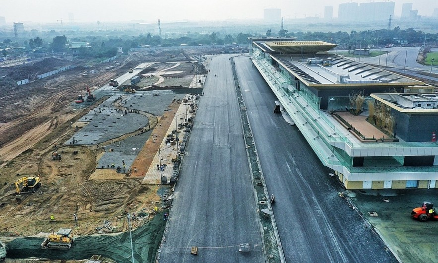 A part of the F1 racing track in Hanoi. Photo by VnExpress