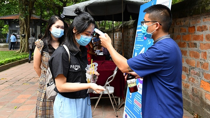 Hanoi considers easing essential activity restrictions