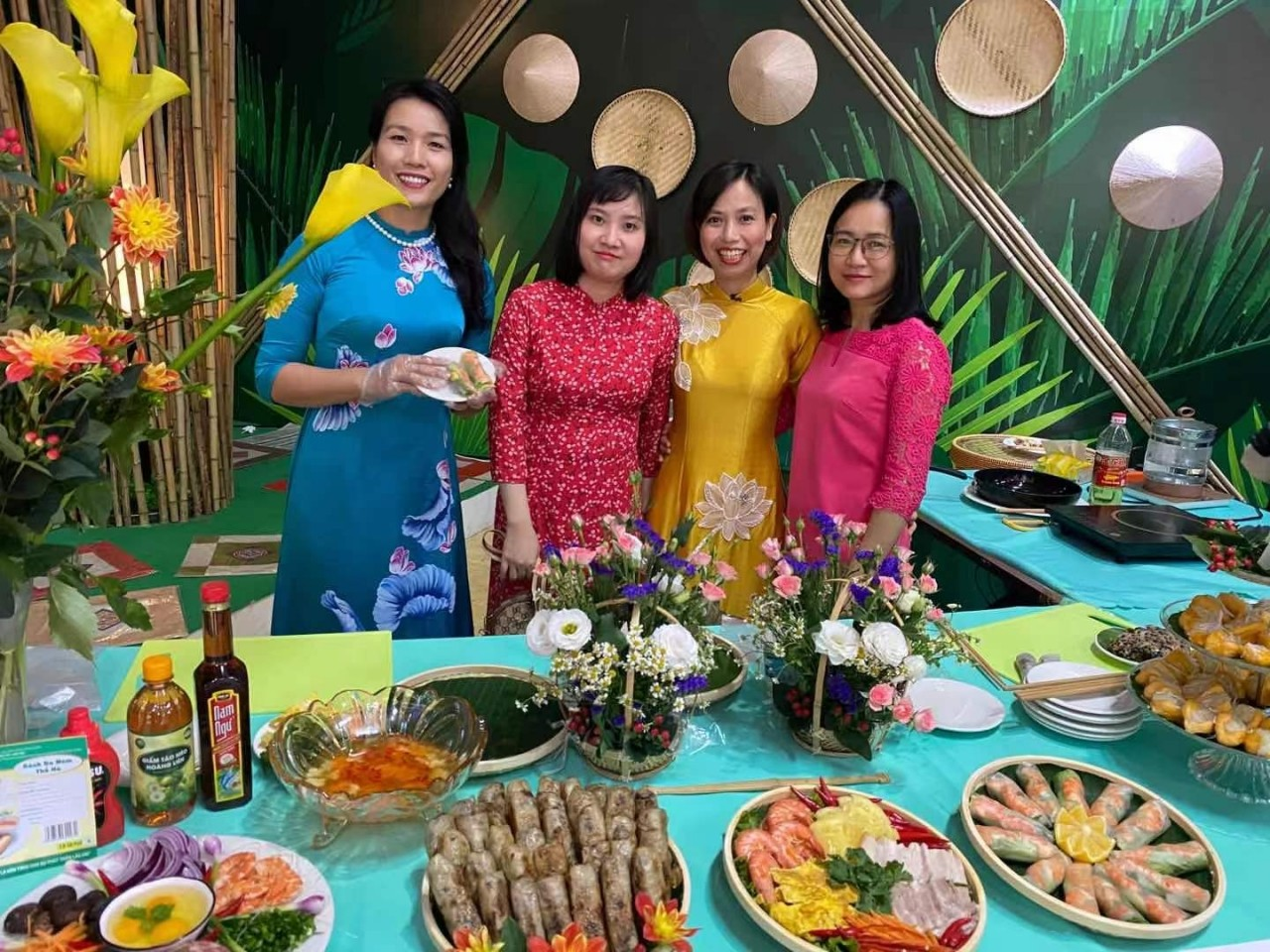 Promoting Tourism and Vietnamese Cuisine in China
