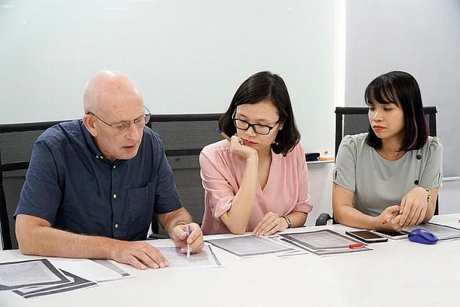 New regulations for foreigners working in Vietnam 2021