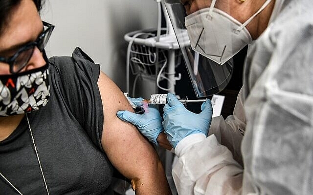 WHO urges all nations to join global shared vaccine bid