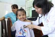 heartbeat vietnam provides free heart check up for more than 1000 children in dong thap