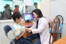 heartbeat vietnam provides free heart check up for children in dien bien
